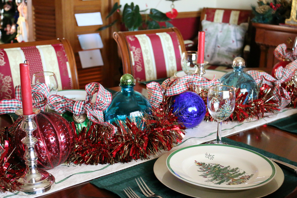 I usually set the table with my Spode Christmas Tree China, over the years I have added to the collection buying the wine glasses and serving pieces. My sister Penny is great about giving me a few pieces each year. I find so much joy in decorating for the holidays. This year I didn't finish, due to getting the cookbook shipments out the week of Christmas.