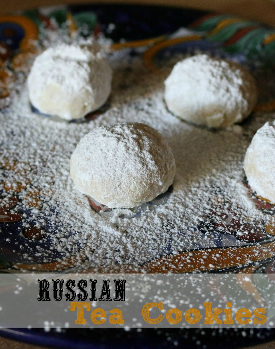 Russian Tea Cookies - Easy recipe for light and delicate cookies. HOLIDAY Baking Ideas