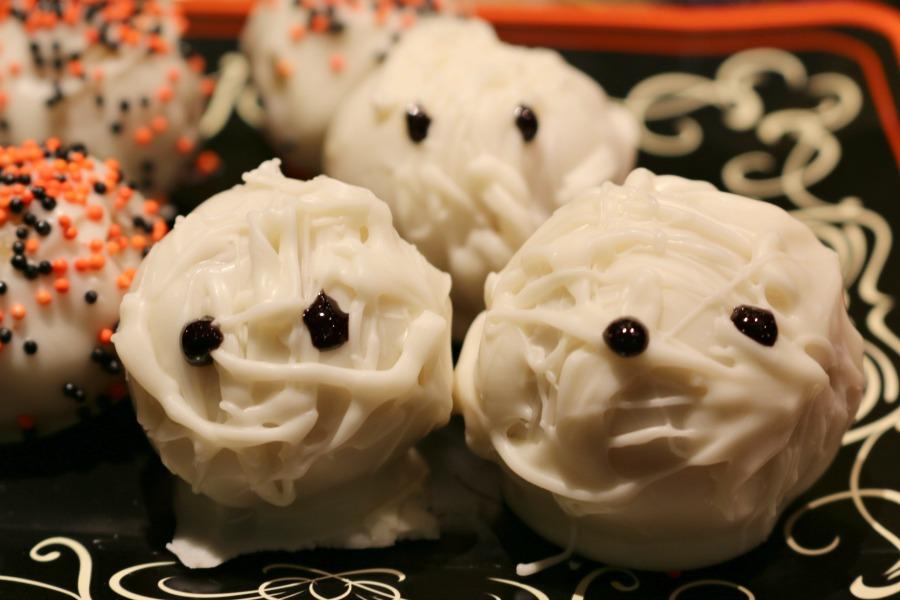 Easy Halloween Treats - Dipped Donut Holes - Simple Recipe