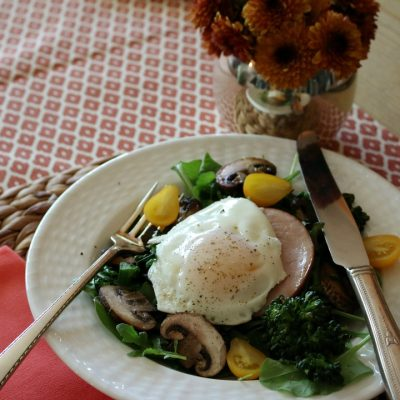 Breakfast Bowl – Canadian Bacon and Steamed Egg