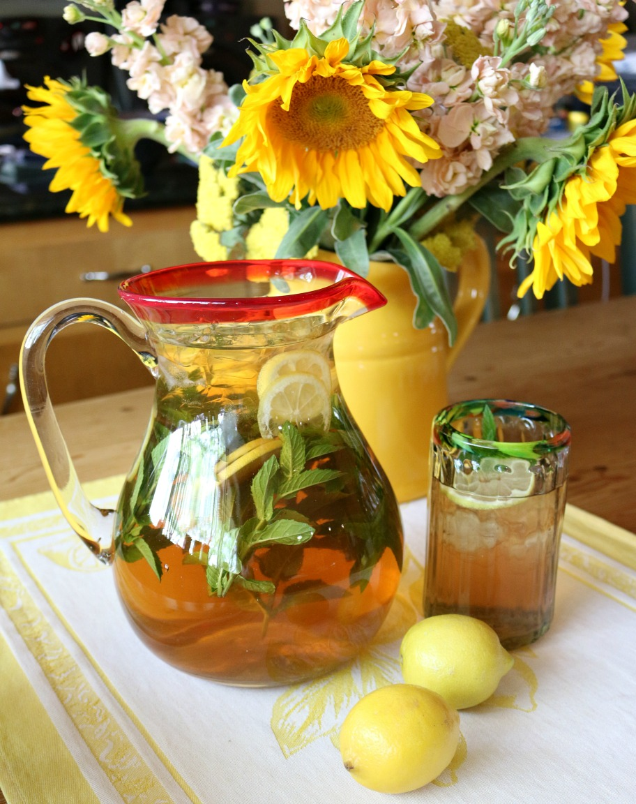 Ginger Lemon Sun Tea Recipe from CeceliasGoodStuff.com | Good Food for Good People