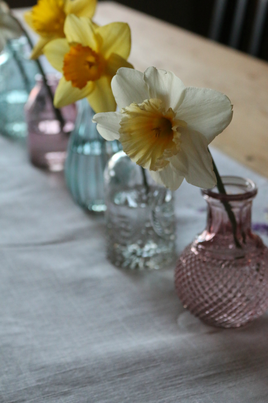 Easter or Passover center piece idea Table Scape CeceliasGoodStuff.com