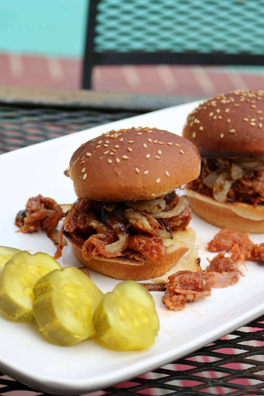 Slow Cooked Barbecue Pulled Pork Sliders